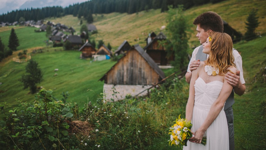 ALIONA & ANDREY | SKINNY LOVE | ELOPEMENT IN MOUNTAINS